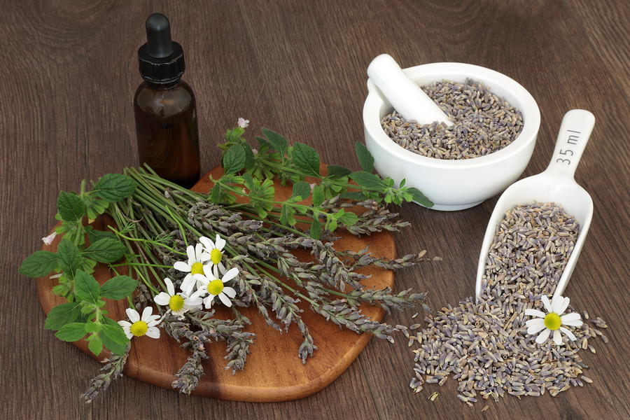 bigstock-Natural-herbal-medicine-with-l-186292960