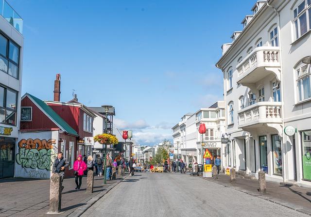 Island, mesto, ulica.jpg