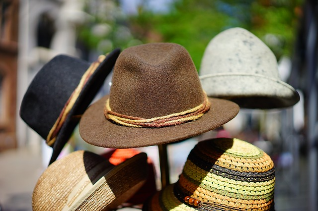 Módne klobúky.jpg