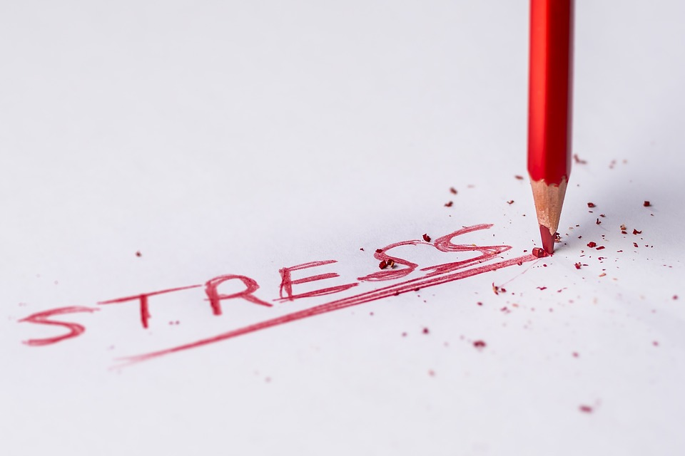 stres ceruzka